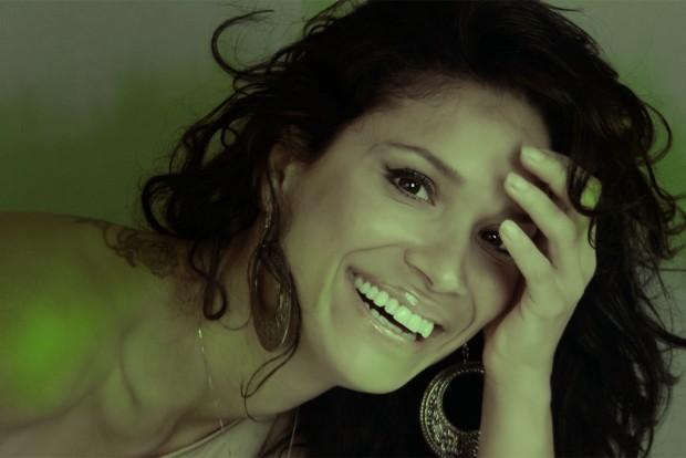 Maby Maglioni sonrisa